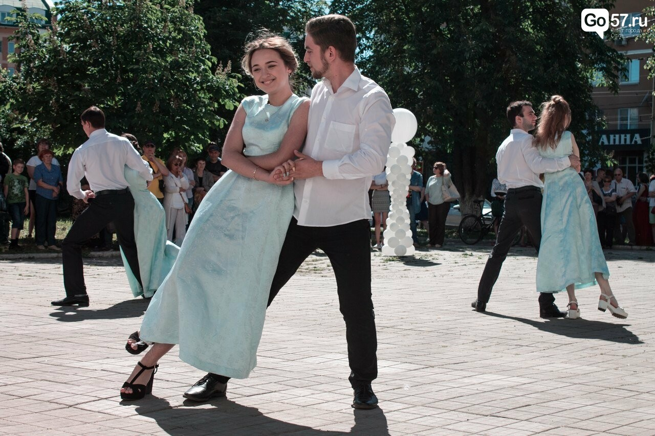 Студенты ОГУ устроили бал Тургеневских времен, фото-4