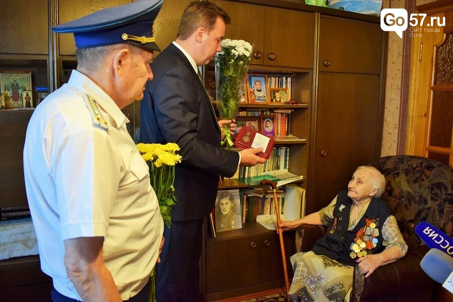 Александр Муромский навестил орловского ветерана, фото-1