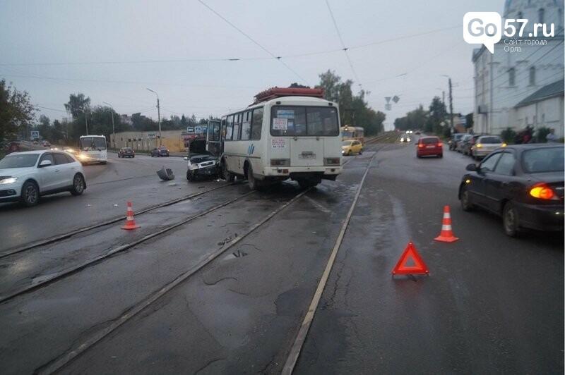 В Орловской области за сутки автомобили сталкивались 15 раз, фото-1