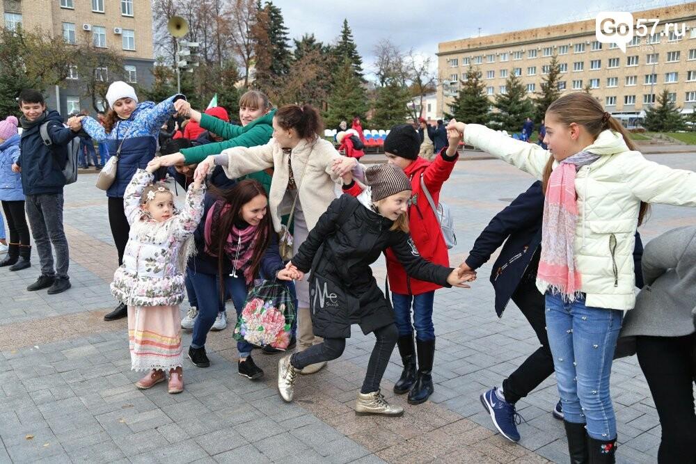 """Почти 800 орловцев закружились во вчерашнем """"Хороводе Единства"""", фото-7"""