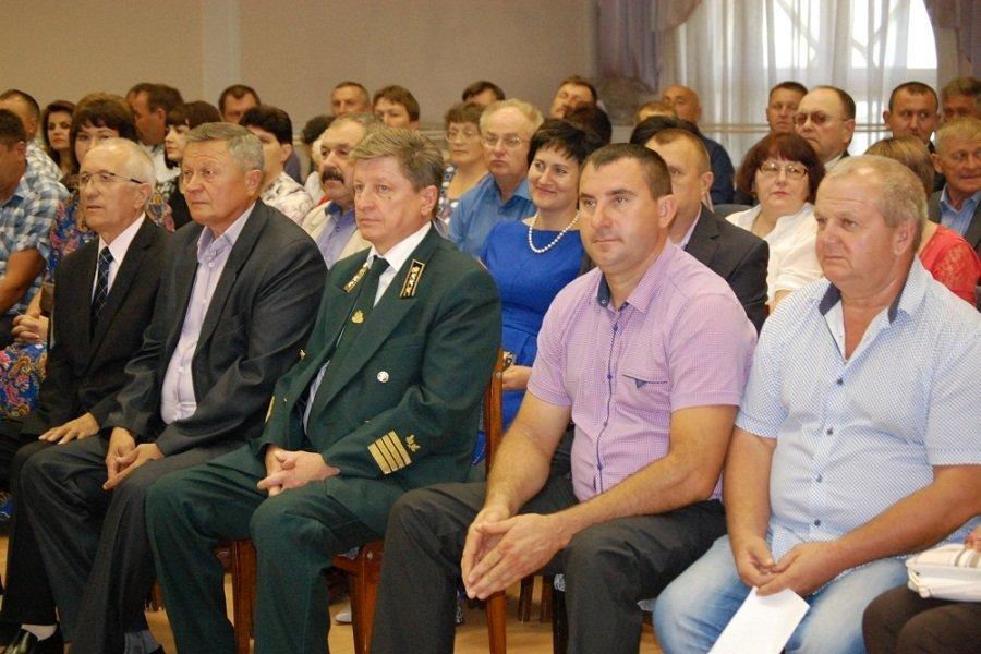 Лесничих Орловской области торжественно поздравили с грядущим праздником, фото-4