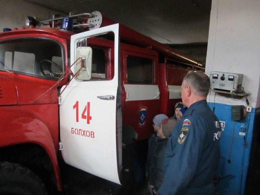 Юных орловцев познакомили с работой спасателей , фото-3