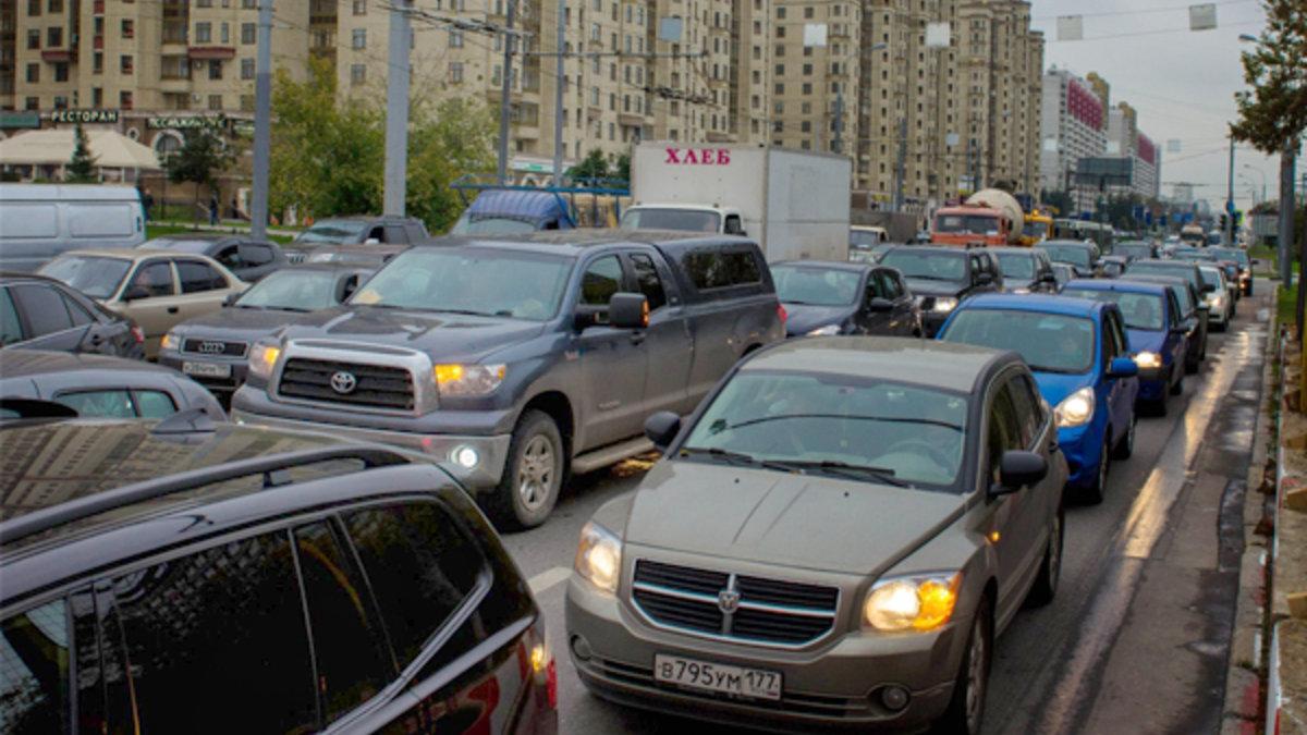 По уровню автомобилизации лидирует Орловская область, фото-1